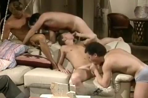 Retro Orgy What to get your girlfriend for 1 month