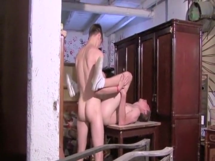 Young Barbacking Euro Twink Sinn got with Natalie
