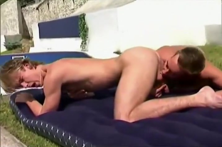Wana Blow Job 3 Rubbing cock on shaved pussy