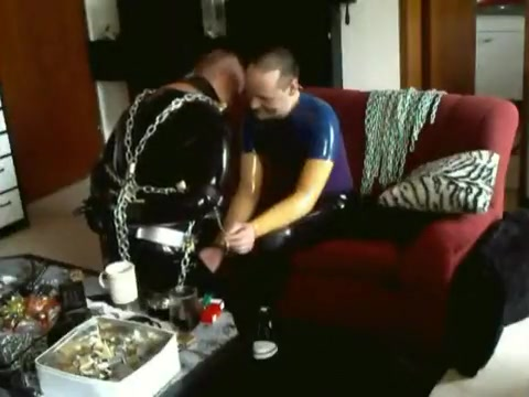 RUBBERTOY : (two) Muscles, Rubber, Chains female head shaving fetish
