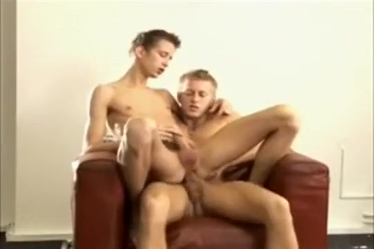 Hot Guys Big Dicks Bareback 2 Wicked babes are having fun sampling dongs