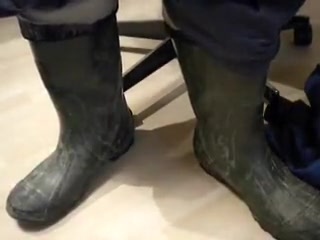 nlboots - balzer rubber boots (size 45) and jeans teen smoking in north carolina