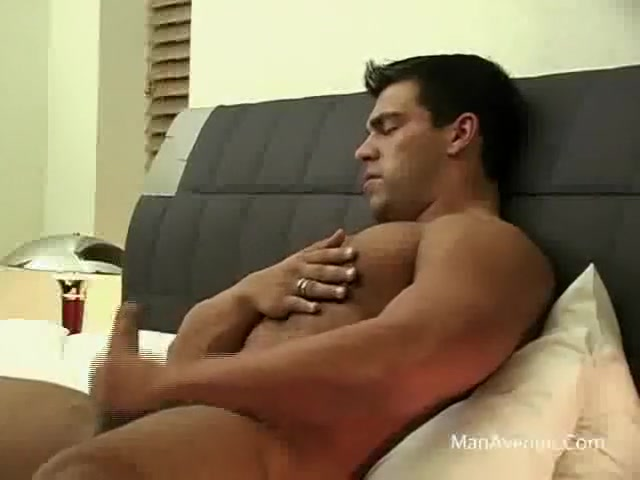 Muscle Twink Bondage Woman naked spread eagle