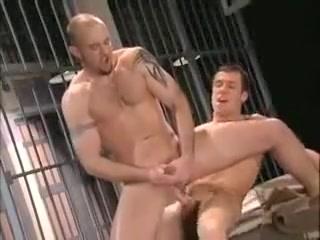Pri*S Bunk Suck Sex pics blow job
