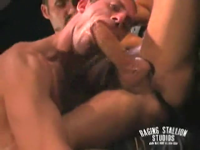 Gay Muscle Sex Antonella barba cock sucking