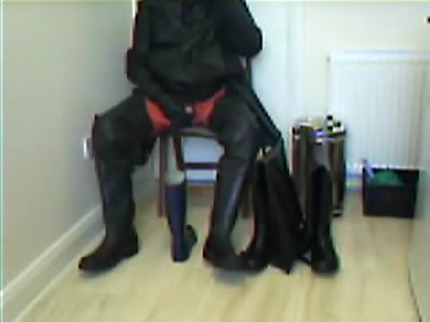 New rubber wader wank. Hate sperm video