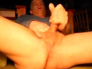A closer view do girls enjoy oral sex