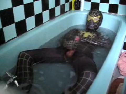 [REPOST] Raunchy Wetlook Bath 2: Black&Yellow Spidey Zentai Wicked chicks are sharing guys tough dong