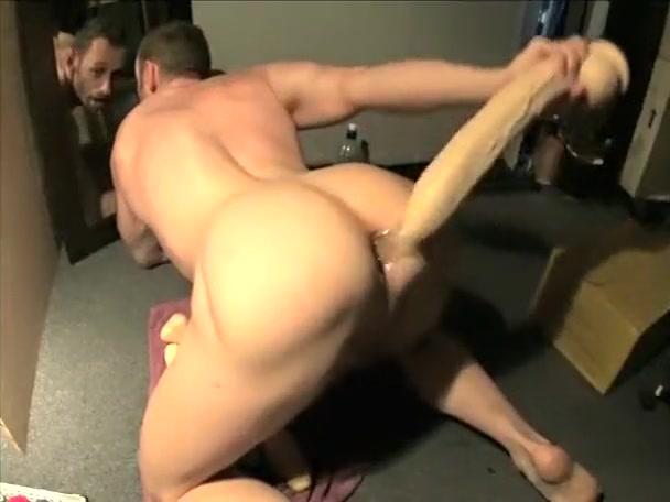 Muscle Man Handjob Karen angle naked