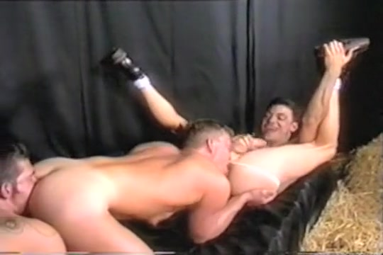 Gay Perfect Rimming 017 Boobs Fall Out Bouncing