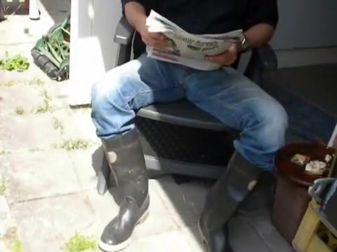 nlboots - reading the paper while having breakfast fart nude