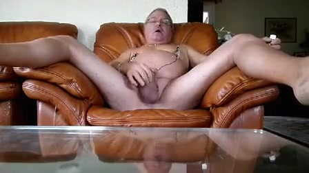 lengthy cook jerking with cum aided by electrostim on nipps Sneak film