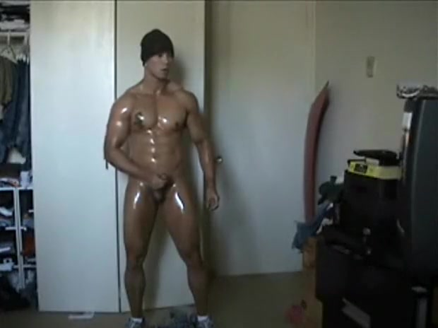 Muscl Office Fuck Two flawless babes exploring their tight