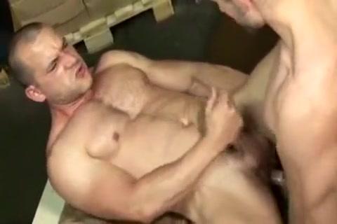 Woorking Men Series 1 Part 1 mini video hentai gratuit