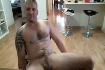Str8 Guy Midair a blowjob is like roses to guy