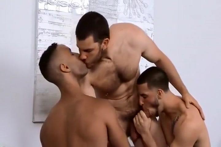Triebstau: Arse Training (Scene 3) Busty Collage Girl Sex