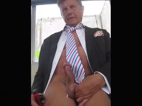 BRANLE EN VESTE CHEMISE CRAVATE (C327) Family group sex porn