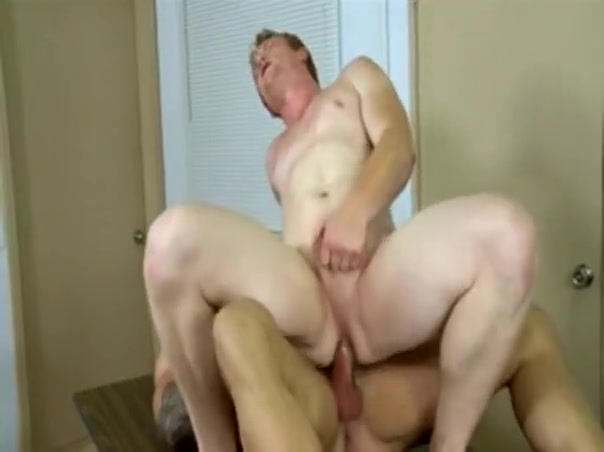 Gay sex beaytuiful Lusty chap is pounding two vaginas zealously