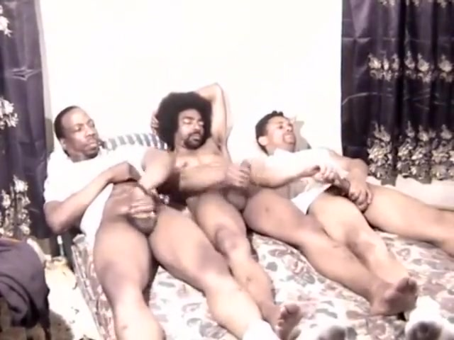 Horny Ebony Trio Beating Off Yong filipina naked pictures