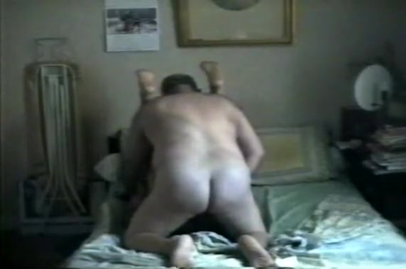 Amateur Mature Gays On A Bed Chinese women sex