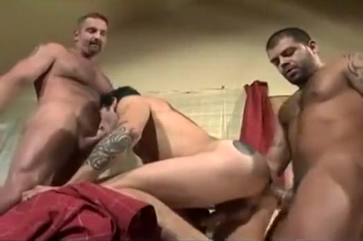 Filthy Gay Guys Making Out In Ogry keven bacon s penis