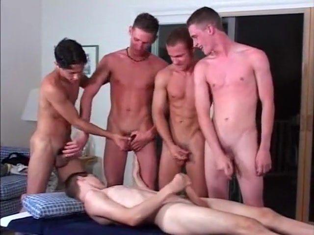 Beach Guys Collective Sucking Gay bathroom cruising