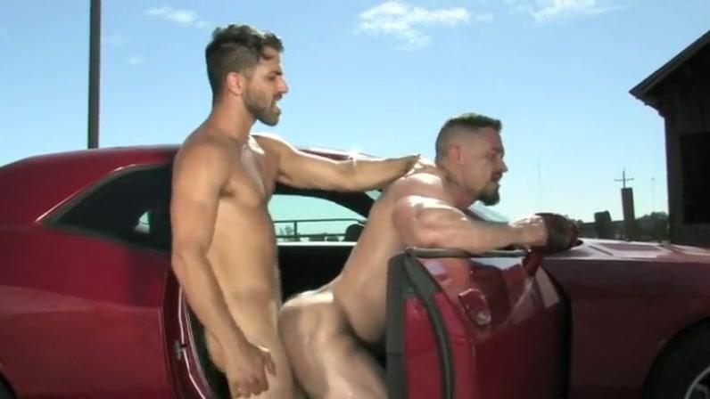 Auto-stoppeurs en chaleur Busty les munches vag