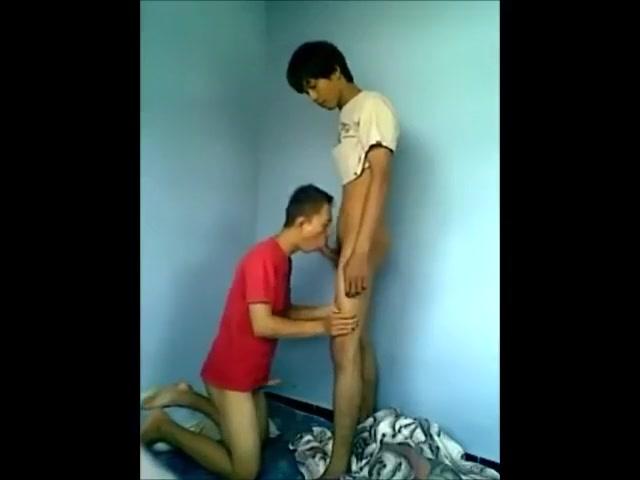 2 Asians Having Fun In Bed Playboy se xy girls x x