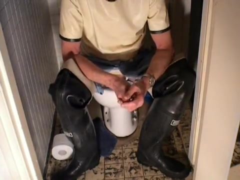 nlboots - blue rubber/latex trousers & boots on toilet Jesse jane and bibi jones