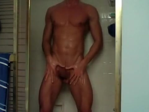 Beauty Boy In The Shower amanda bynes gettin fucked