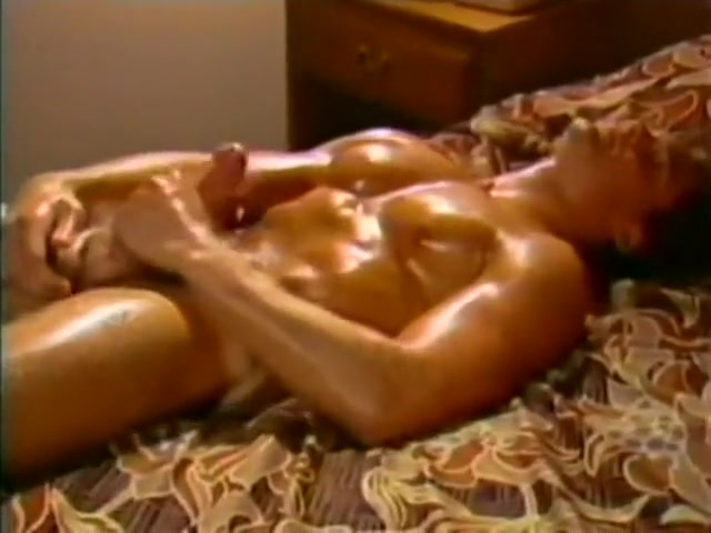 Kcs Jerk Off Naked Guy Clothed Girl