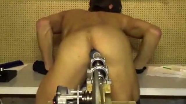 Dildo-Machine worked me from behind objects in pussy video