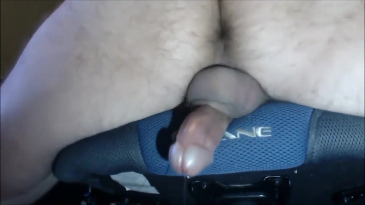 creative cumming HD Blondie with glasses fucks pussy with sex toy