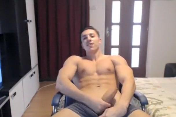 Horny hottie masturbating on cam free nasty homemade porn movies