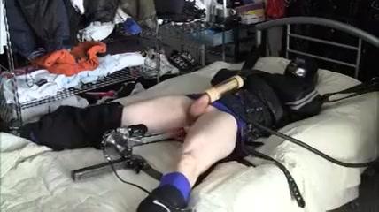 Zwangsjacke Fickmaschine Brandi love sex tube