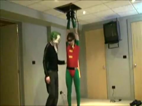 Joker Captures Robin: Part 2 who is keo from dancing with the stars dating