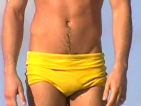 Speedo bulge compilation I Sixy woman photo