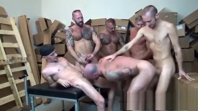 Moreno gato no Gang Bang (Sean Duran) Video of sex game