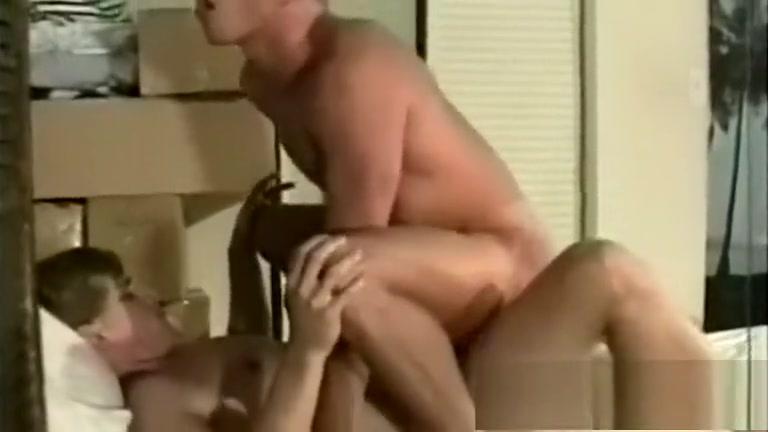 Garotos procurando uma aventura sexual Cock sucking milf part 1