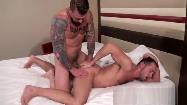 Rocco Steele e Donnie Dean world s largest pregnant boobs