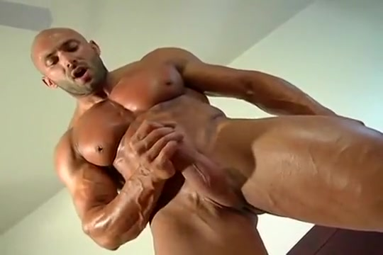 Muscle Bud Max Jerks It young pussy porn video