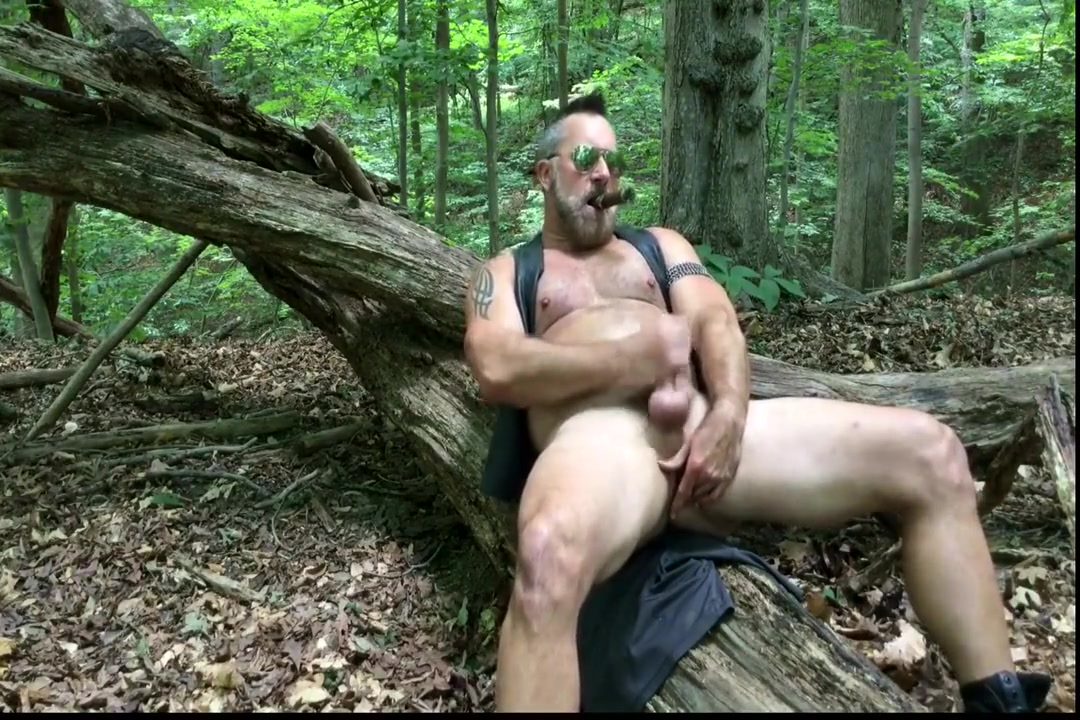 smoking daddy jerks off in woods gay massage hongkong gay massage hongkong