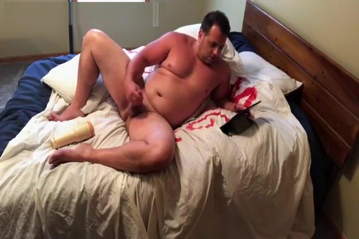 straight beefy dad jerks off Swinger couples seeking sex in Kara Balta