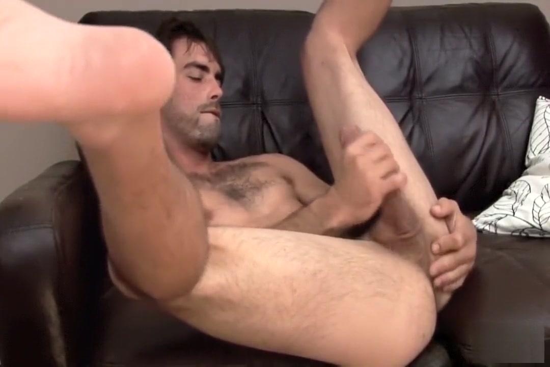 Joe Parker Solo Lanas boobs