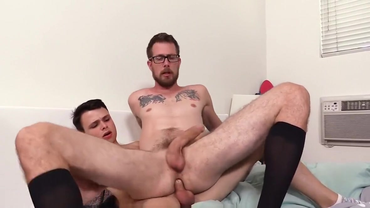 Tiny twink learns how to bareback fuck Daddy Alexandra lara maria nude