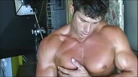 Lance Lemar aka Gavin Hunt poses Athletic girls naked gets fucked