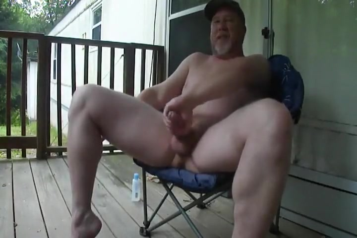 Daddy Redneck with a big Dick jerks off xx sex old womensex