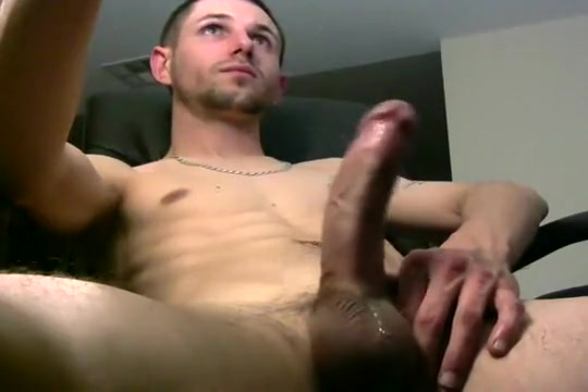 mikebiggs1989s Cam Show @ Chaturbate 30042017 Nice blowjob from mature cleaning lady