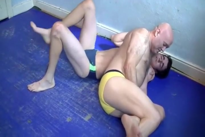 Wrestling Older vs Younger sex full movies download