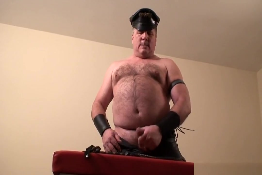Daddys leather jerkoff Hookers in Dijon
